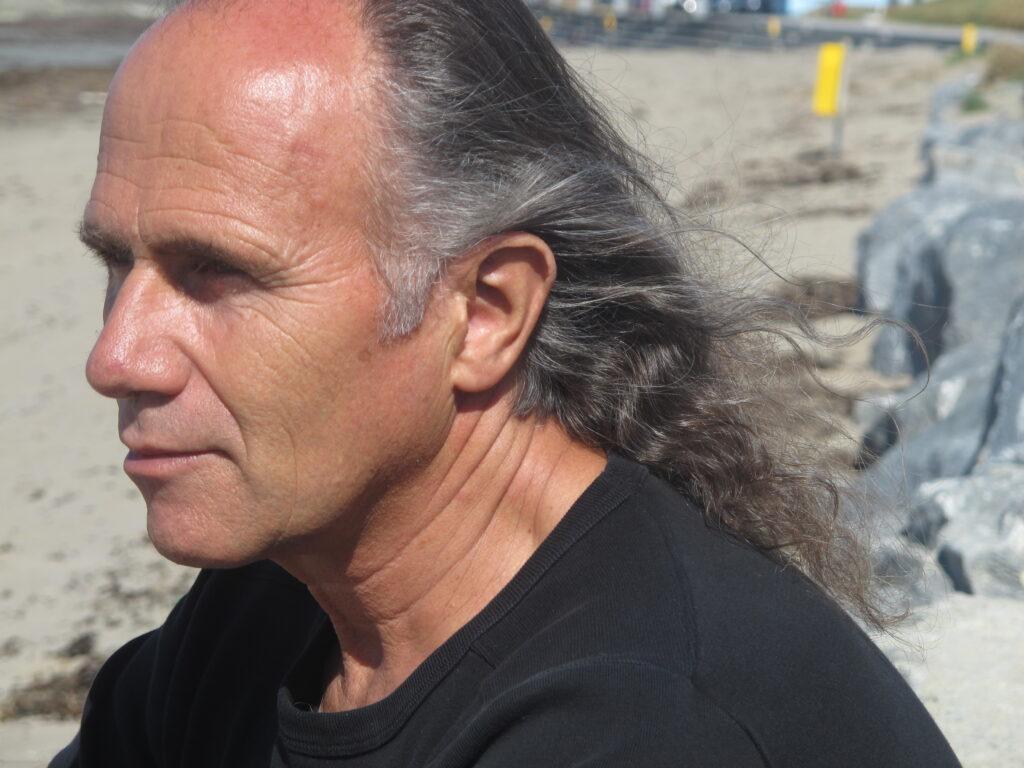 Portraitfoto Hans-Ulrich Burkhard