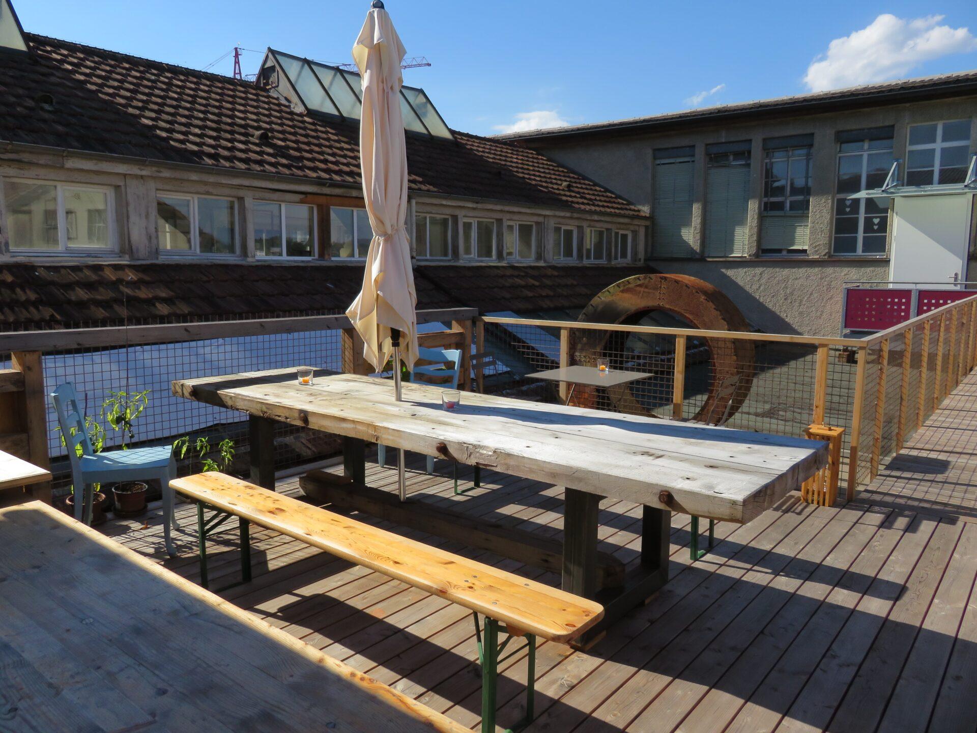 Habanero Lounge